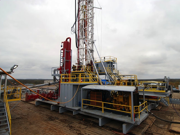 Image of Telescoping Doubles Pad Drilling Rig with Walking System